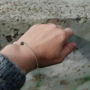 Helmi-rannekoru